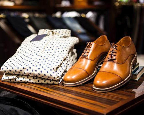 洋和服、靴、バッグ